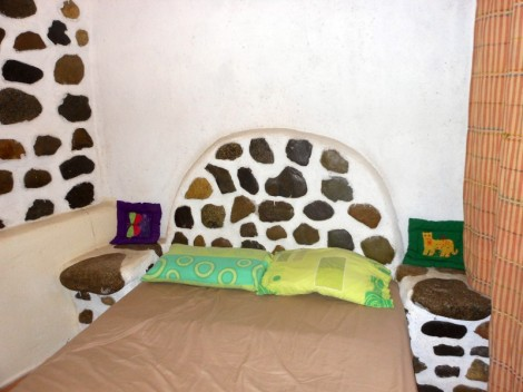 Flintstone-inspired bed at the Jungle River Lodge.