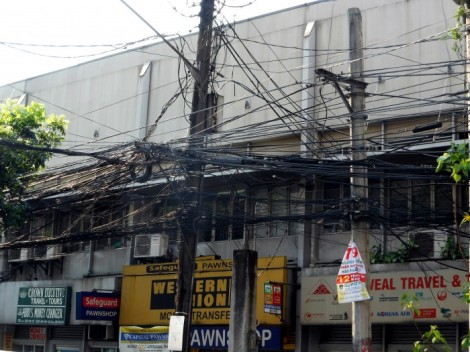 Power lines in Manila, Philippines.