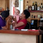 2015 - Panama - Island - Restaurant Paige with Ladies