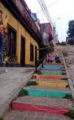 2016 - Chile - Valparaiso - Around Town Stairs Girls Vertical