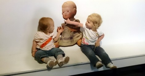 2015 - Europe - Mechelen - Toys Twins on Bench with Doll